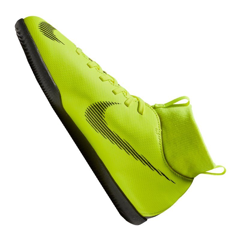 Nike Mercurial SuperflyX VI Club IC Kids F070