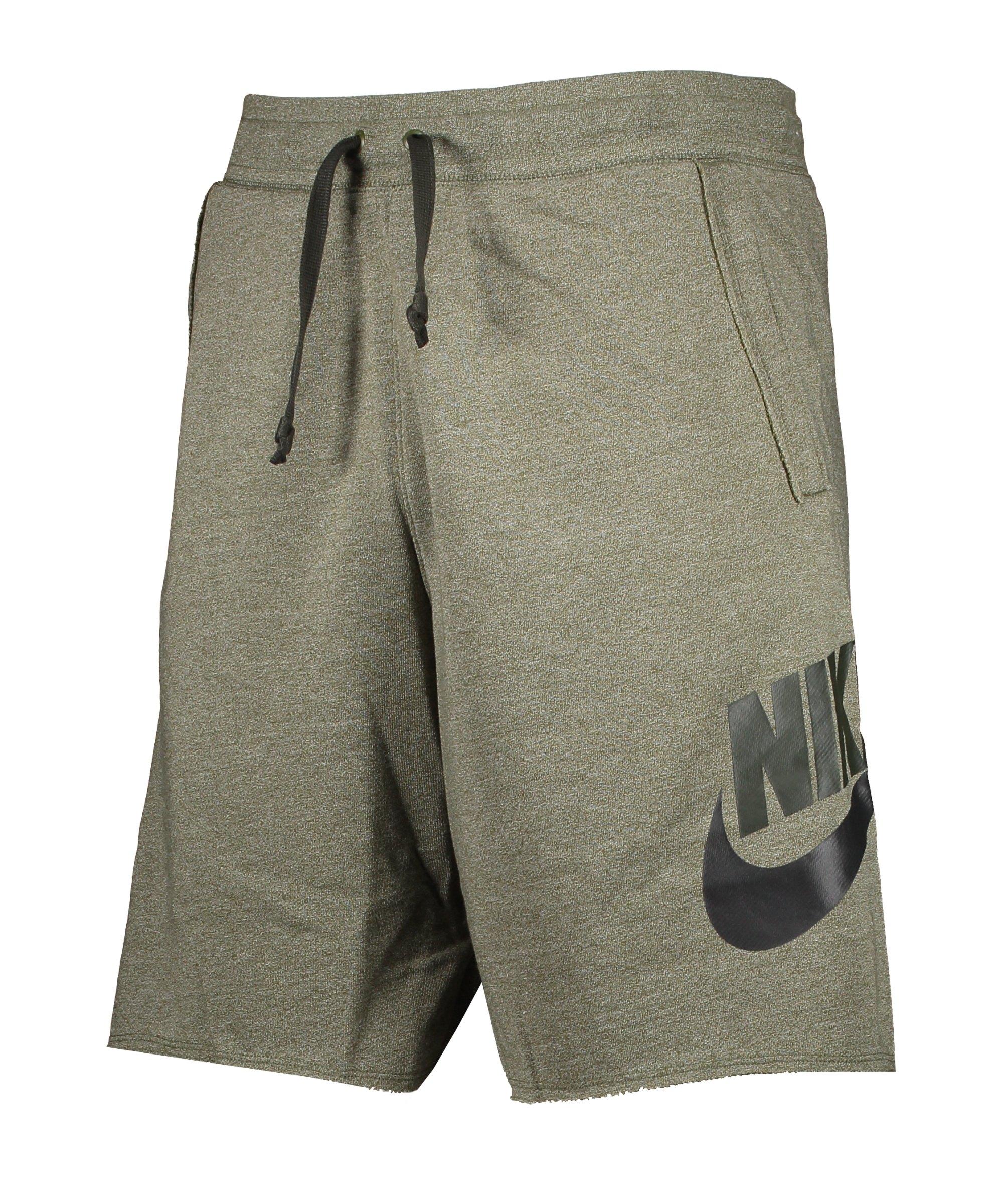 Nike Sportswear Alumni Short Grün F326 - gruen