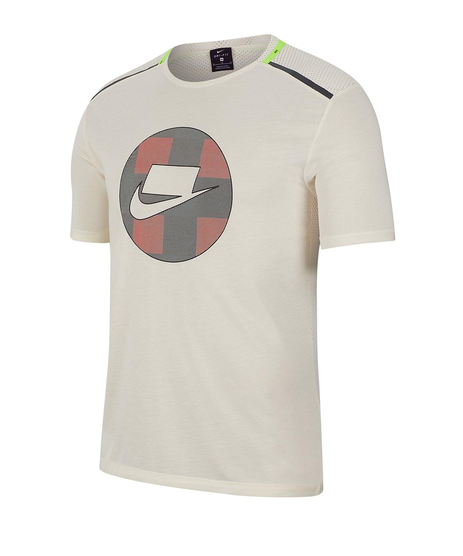 Nike Wild Run Shortsleeve Mesh Shirt Running F110 - grau