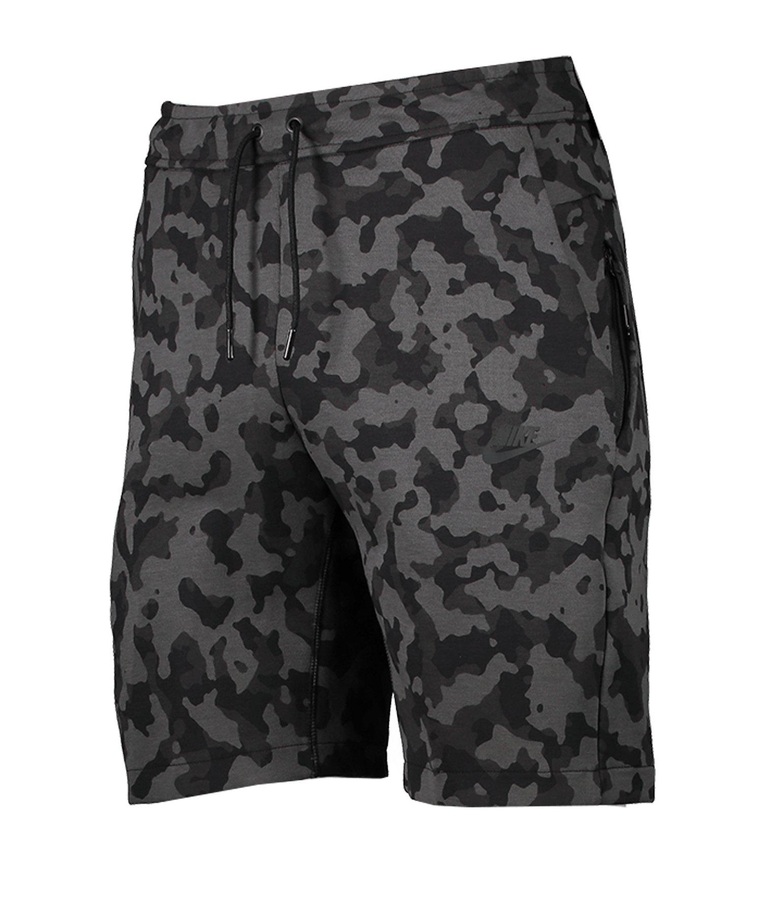 Nike AOP Tech Fleece Short Schwarz F010 - schwarz