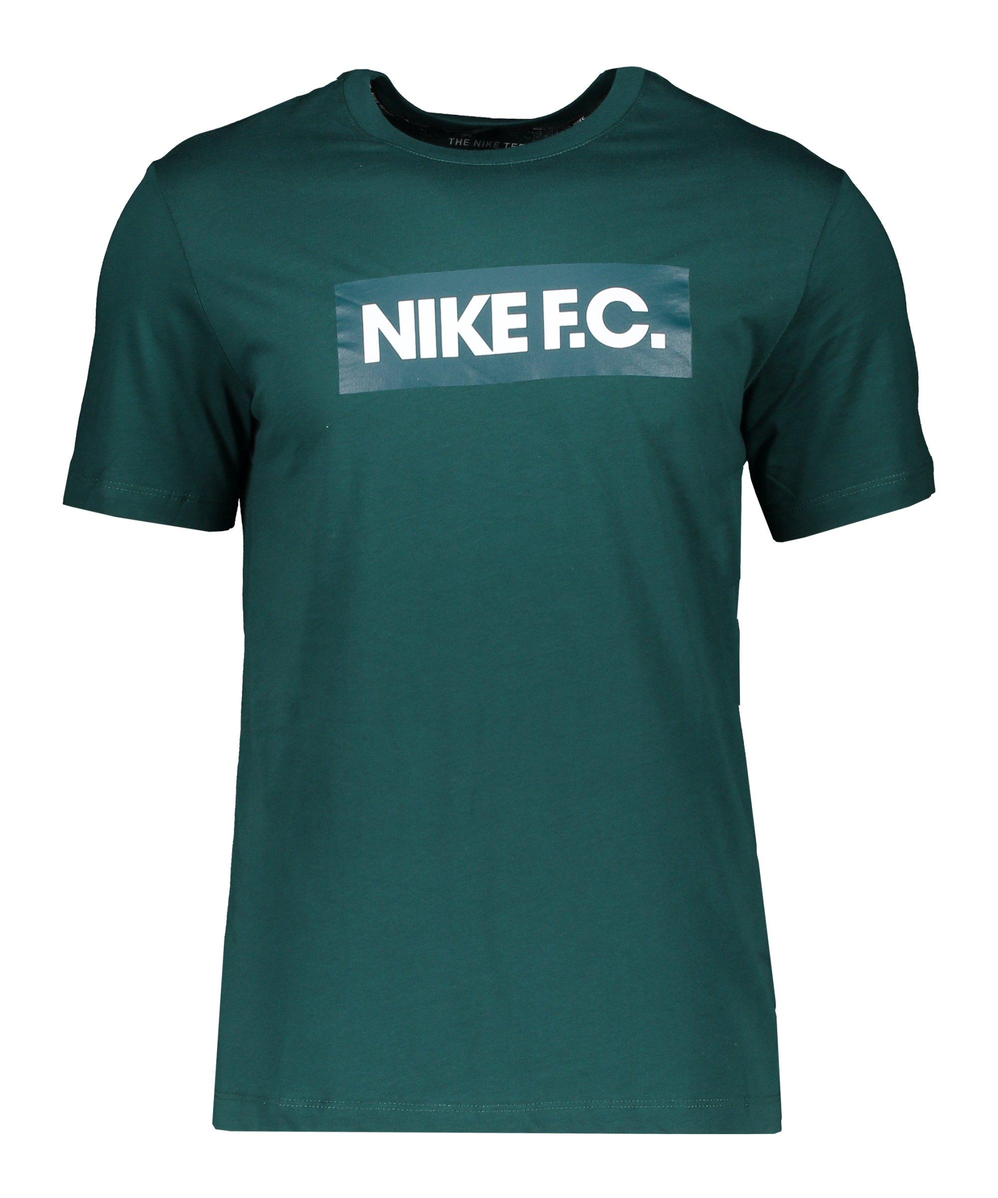 Nike F.C. Essential T-Shirt Grün F300 - gruen
