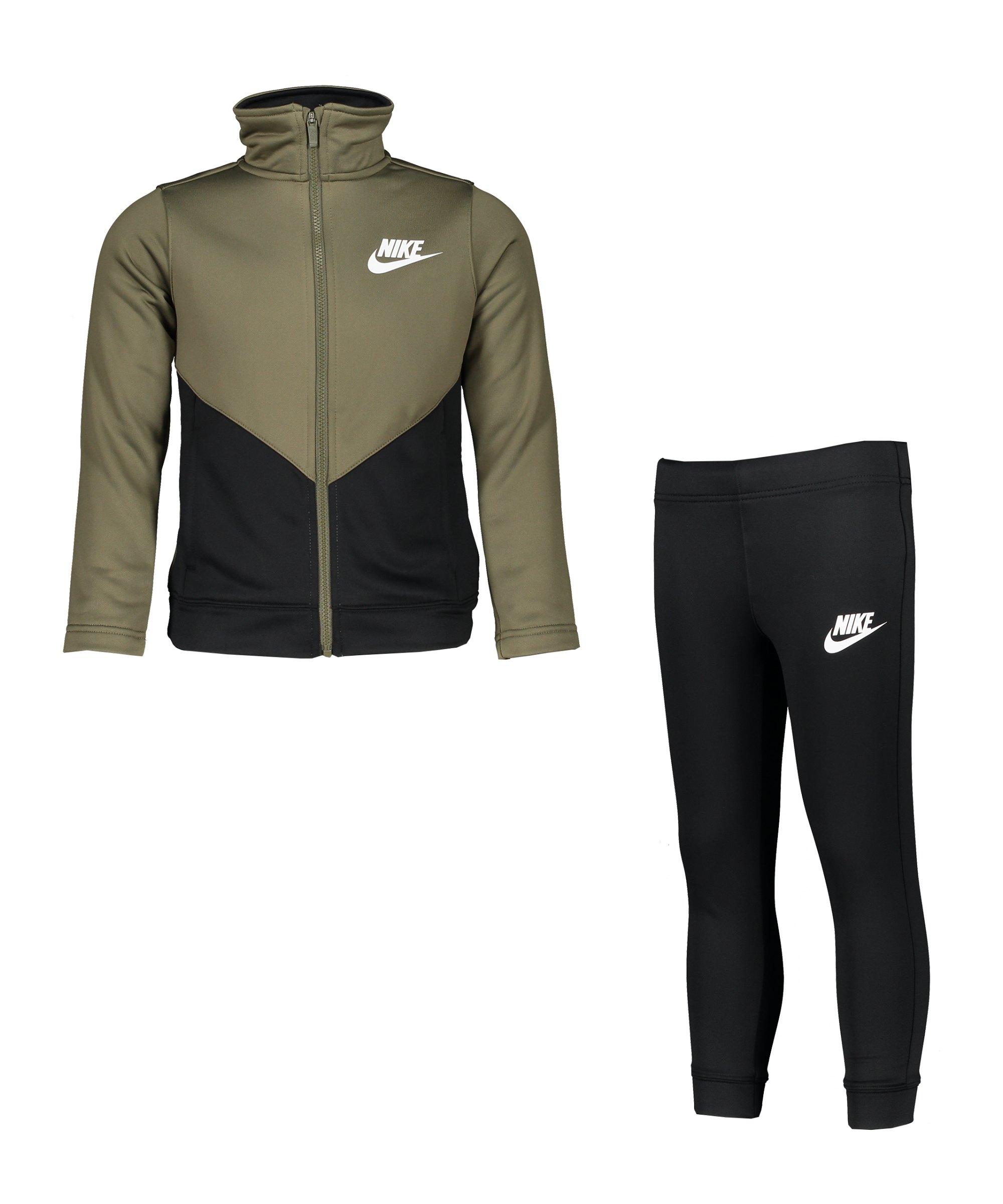 Nike Core Freizeitanzug Kids F222 - gruen