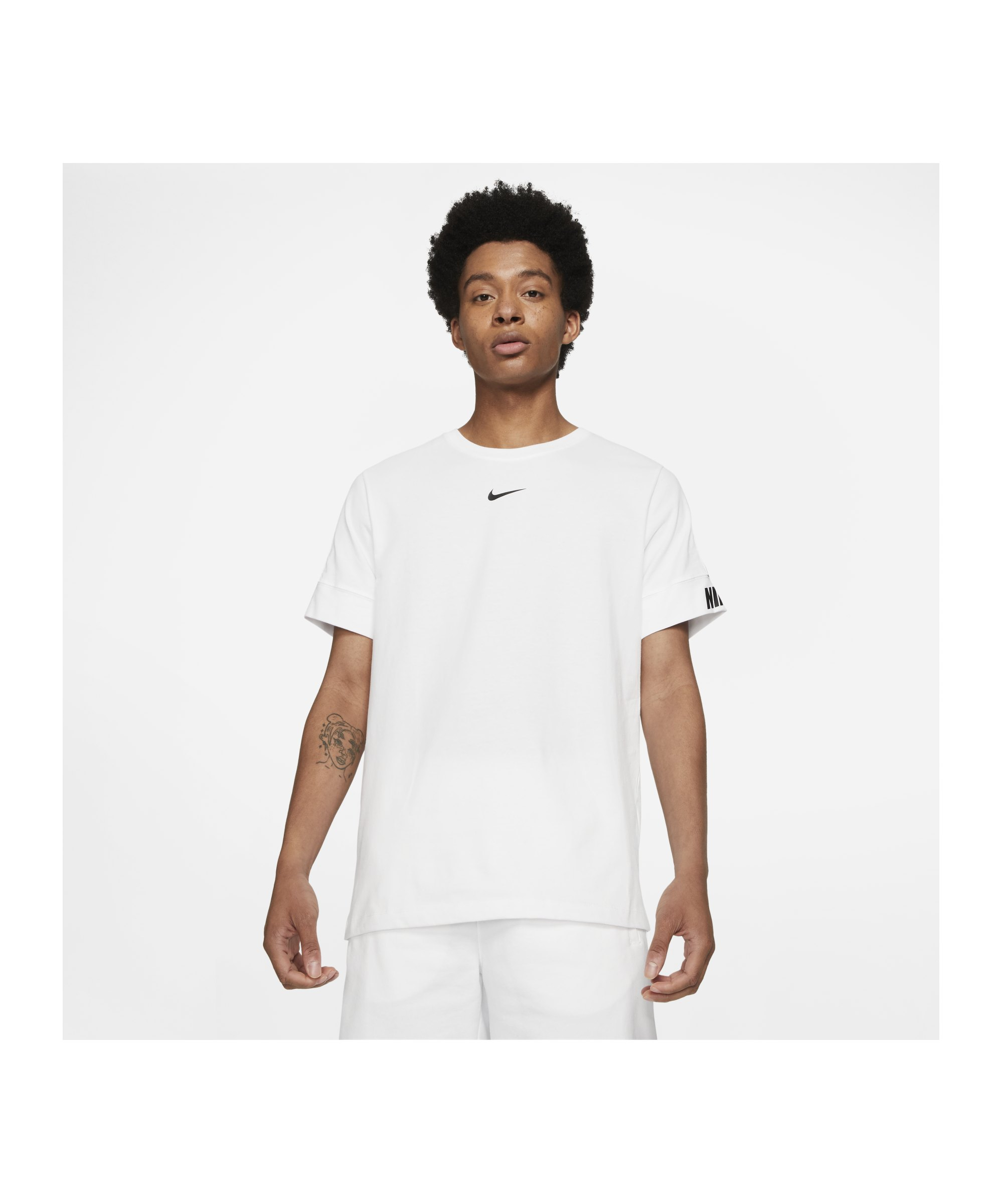 Nike Repeat T-Shirt Weiss F100 - weiss