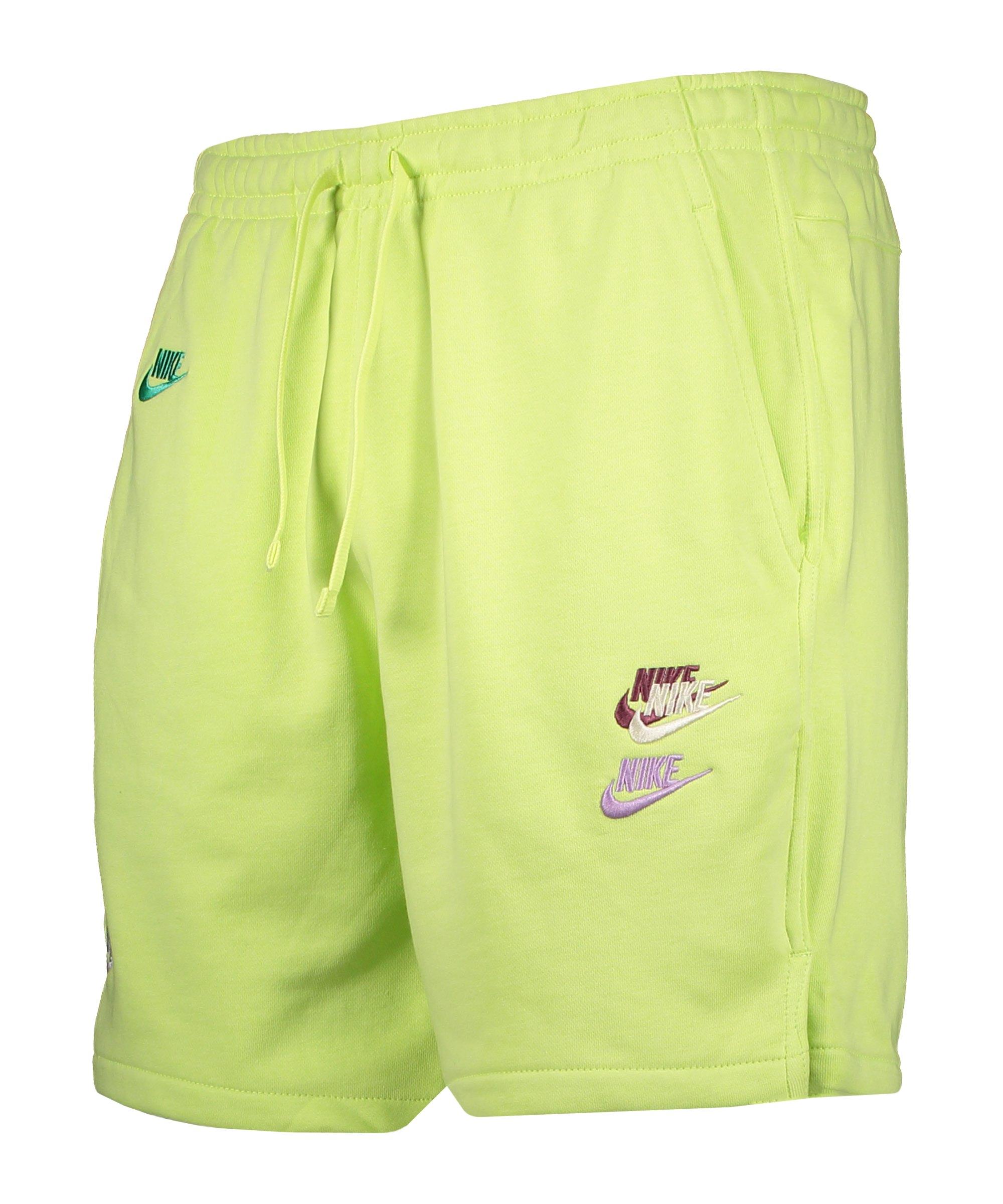 Nike Essentials+ French Terry Short Grün F736 - gruen
