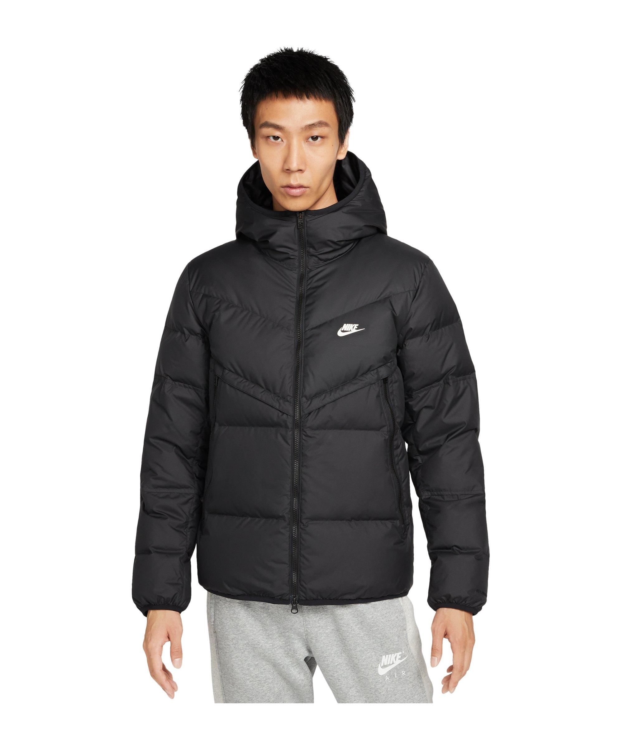 Nike Storm-FIT Winterjacke Schwarz F010 - schwarz