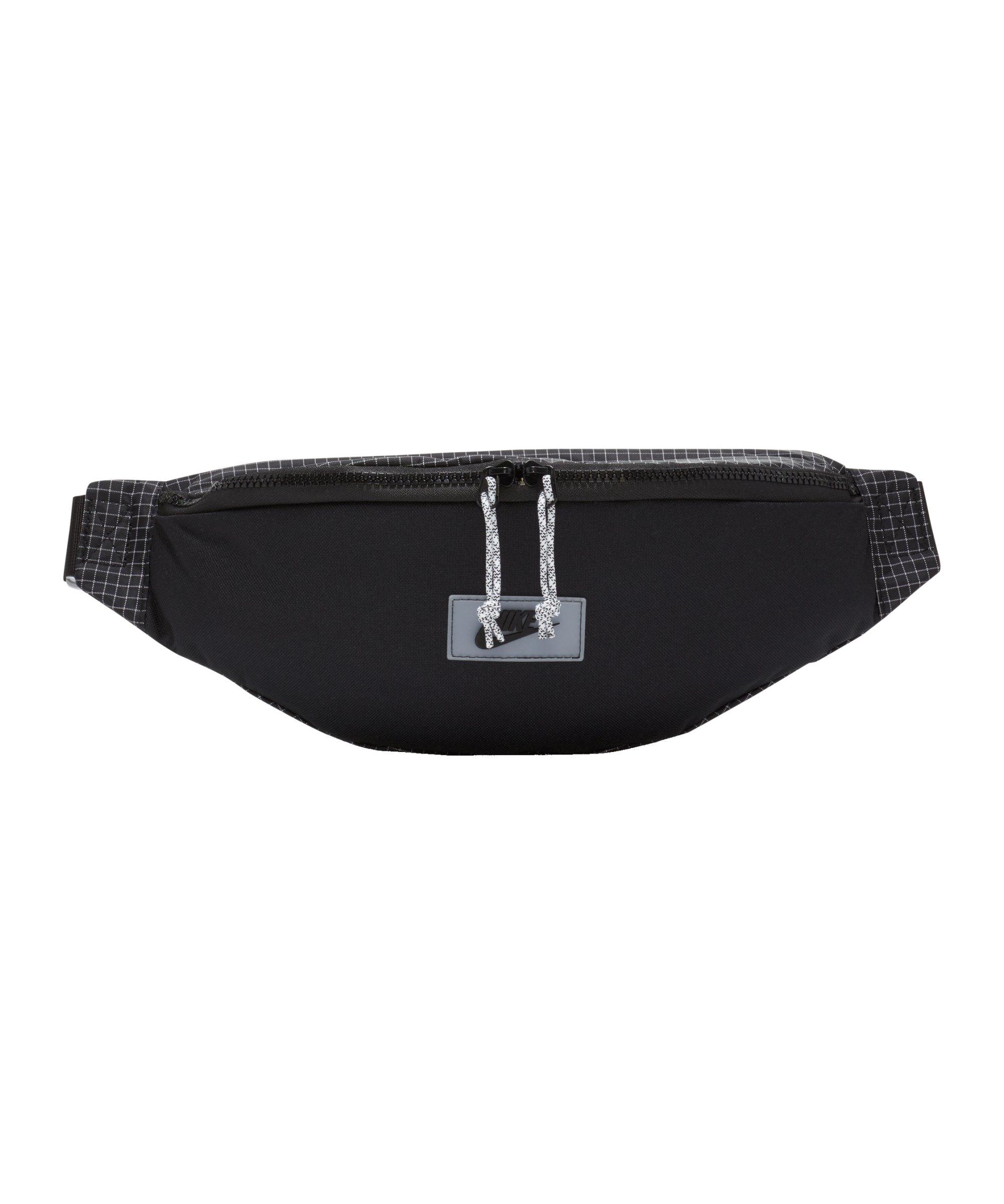 Nike Sportswear Heritage Hüfttasche Schwarz F010 - schwarz