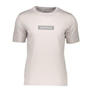 calvin-klein-t-shirt-beige-grau-f082-00gms1k142-lifestyle_front.png