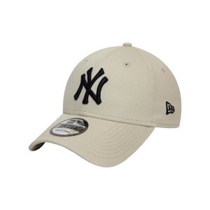 new-era-new-york-yankees-league-ess-940-cap-fstn-12380590-lifestyle_front.png