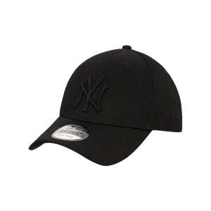 new-era-new-york-yankees-league-ess-940-cap-fblk-12523889-lifestyle_front.png