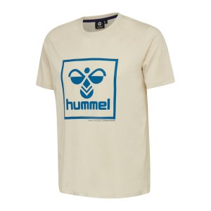 hummel-isam-t-shirt-beige-blau-f9804-208251-lifestyle_front.png