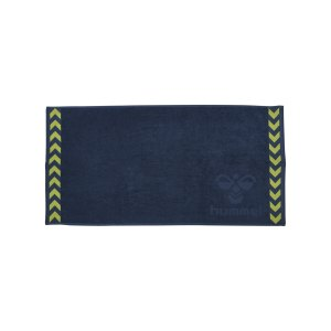 hummel-old-school-small-towel-handtuch-f6616-208804-equipment_front.png