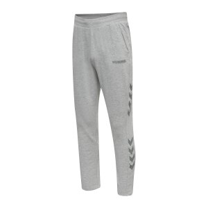 hummel-legacy-tapered-hose-grau-f2006-212567-lifestyle_front.png