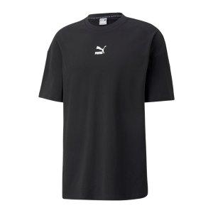 puma-classics-boxy-t-shirt-schwarz-f01-532135-lifestyle_front.png