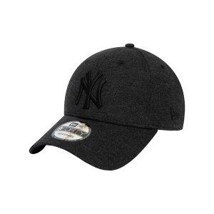 new-era-ny-yankees-ess-940-cap-schwarz-fblk-60081248-lifestyle_front.png