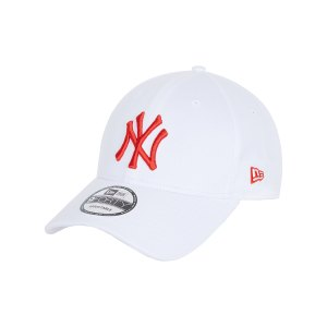 new-era-ny-yankees-9forty-essential-cap-weiss-60112609-lifestyle_front.png