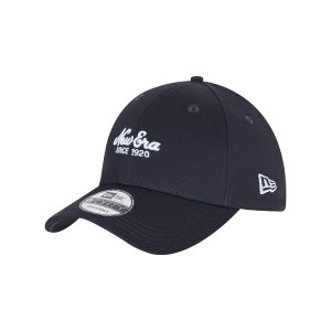 new-era-heritage-9forty-cap-blau-60112649-lifestyle_front.png