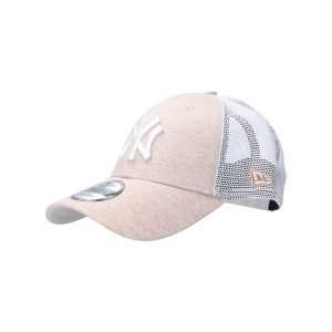 new-era-ny-yankees-9forty-trucker-cap-beige-fwht-60137702-lifestyle_front.png