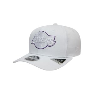 new-era-la-lakers-outline-9fifty-cap-weiss-fwhi-60141458-lifestyle_front.png