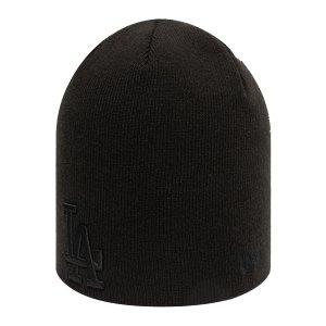 new-era-la-dodgers-essential-skull-knit-cap-fblk-60141489-lifestyle_front.png
