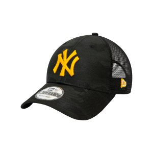 new-era-ny-yankees-trucker-9forty-cap-fblkgze-60141614-lifestyle_front.png