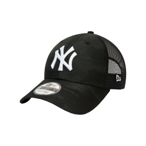 new-era-ny-yankees-trucker-9forty-cap-fblkwhi-60141706-lifestyle_front.png