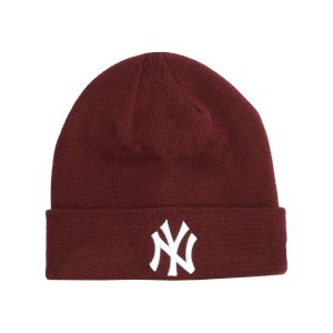 new-era-ny-yankees-essential-cuff-beanie-rot-fmrn-60184775-lifestyle_front.png