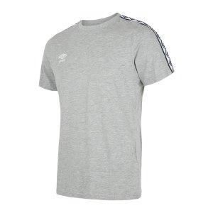 umbro-linear-logo-graphic-t-shirt-grau-f263-65551u-fussballtextilien_front.png