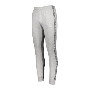 umbro-fw-taped-jogginghose-grau-f263-65779u-lifestyle_front.png
