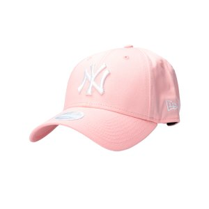 new-era-essential-9forty-ny-yankees-cap-fplm-lifestyle-caps-80489299.jpg