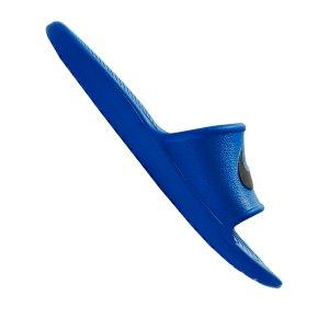 nike-kawa-shower-badelatsche-blau-f403-832528-lifestyle.png