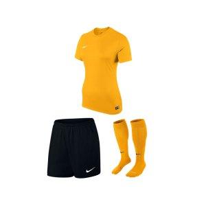 nike-park-vi-trikotset-damen-gelb-schwarz-f739-equipment-teamsport-fussball-kit-ausruestung-vereinskleidung-833058-trikotset.jpg