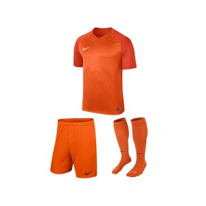 nike-trophy-iii-trikotset-kids-orange-f815-equipment-teamsport-fussball-kit-ausruestung-vereinskleidung-881484-trikotset.jpg
