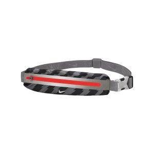nike-slim-waistpack-2-0-huefttasche-schwarz-f998-9038-219-lifestyle_front.png