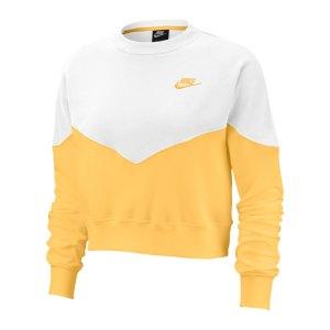nike-crop-top-sweatshirt-damen-gold-f795-ar2505-lifestyle_front.png