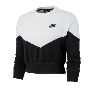 nike-crop-top-sweatshirt-damen-schwarz-f010-ar2505-lifestyle.png