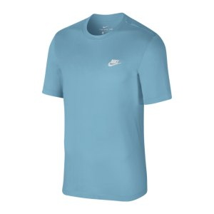 nike-club-tee-t-shirt-weiss-f424-ar4997-lifestyle_front.png