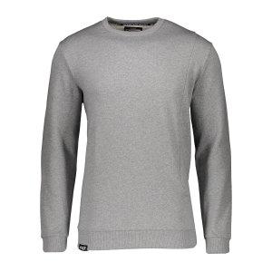 aevor-pocket-kapuzensweatshirt-grau-f80078-avr-swm-001-lifestyle_front.png