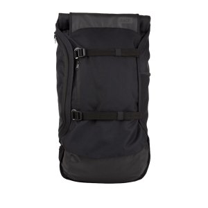 aevor-backpack-travel-pack-rucksack-schwarz-f801-lifestyle-taschen-avr-tra-001.png