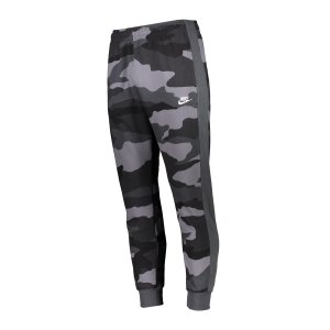 nike-club-camo-jogginghose-grau-f022-bv3628-lifestyle_front.png