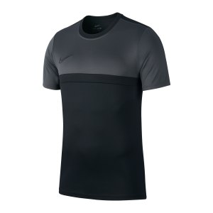 nike-academy-pro-t-shirt-schwarz-f010-bv6926-teamsport_front.png