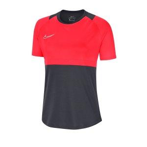 nike-dri-fit-academy-pro-shirt-kurzarm-damen-f066-fussball-teamsport-textil-shorts-bv6940.png