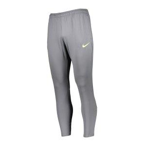 nike-f-c-essential-jogginghose-grau-f084-cd0576-lifestyle_front.png