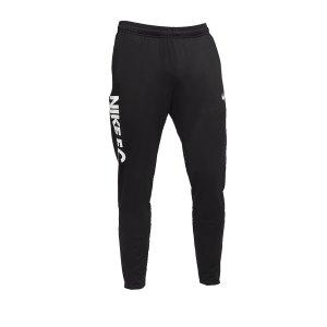 nike-f-c-essential-jogginghose-schwarz-f010-cd0576-lifestyle.png