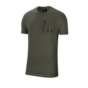 nike-mix-tee-t-shirt-gruen-f325-cj4323-lifestyle.png