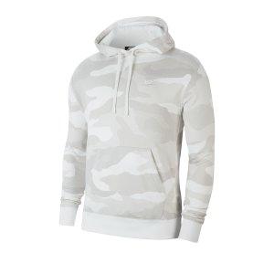 nike-club-camo-kapuzensweatshirt-beige-f072-cj4543-lifestyle.png