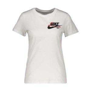 nike-novel-3-t-shirt-damen-weiss-f100-ck4401-lifestyle_front.png