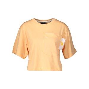 nike-crop-t-shirt-damen-gelb-f714-ct0874-lifestyle_front.png