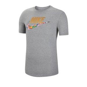 nike-preheat-tee-t-shirt-grau-f063-ct6550-lifestyle.png