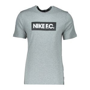 nike-f-c-tee-t-shirt-essnt-grau-f063-ct8429-lifestyle_front.png