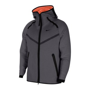 nike-tech-pack-windrunner-grau-orange-f021-cu3598-lifestyle_front.png